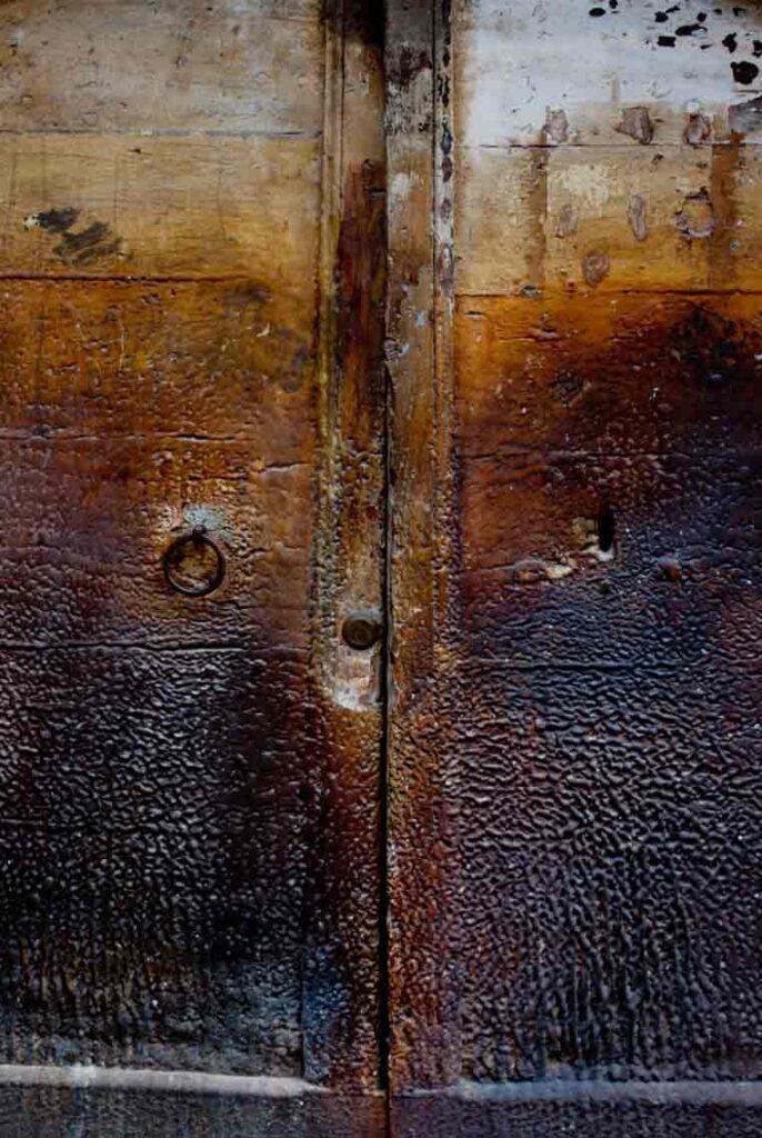 Una vecchia porta