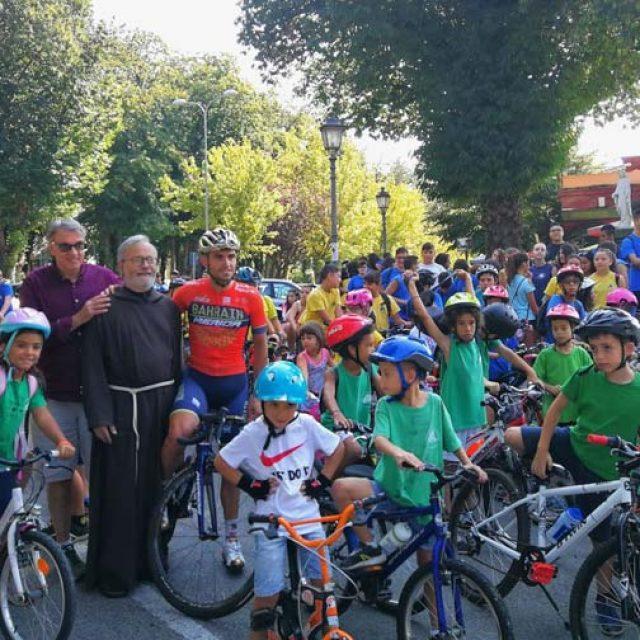 Fiuggi, in bicicletta con Valerio Agnoli per le vie del centro