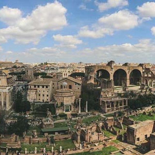 Le app utili per visitare il Lazio o scoprire qualcosa di più sulla regione da casa