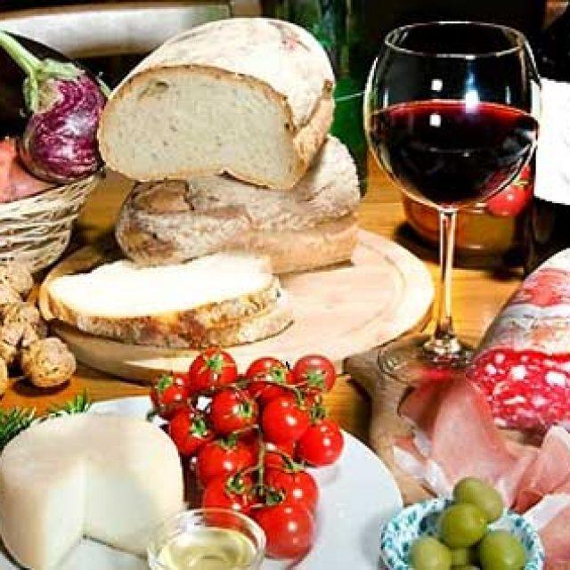 Le Dieci Cose da Mangiare (e bere) in Ciociaria