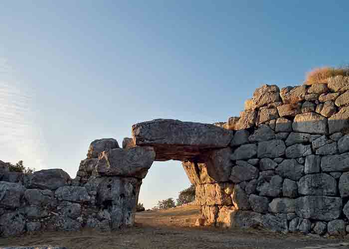 Segni Interno della Porta Saracena